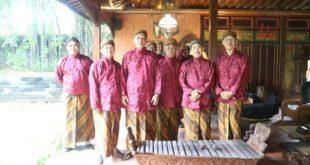 PPM Penata Gendhing dan Pengendhang di Paguyuban Karawitan Alumni 1977 SMPN 1 Surakarta
